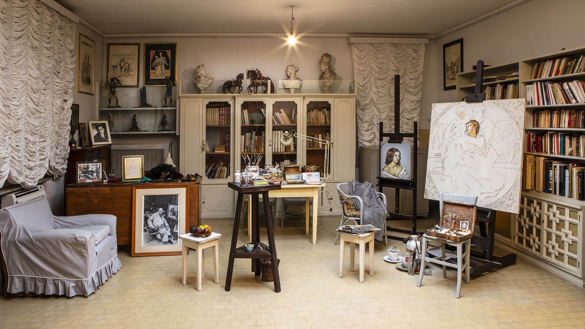 Interno della Casa Museo di Giorgio de Chirico